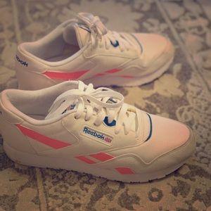 Retro Reebok Sneakers Women's 8